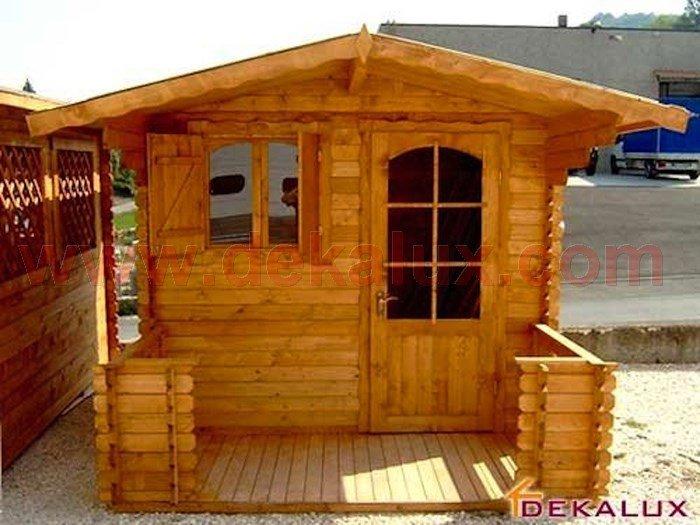 Costruzione casette in legno immagini dei lavori for Garage con veranda