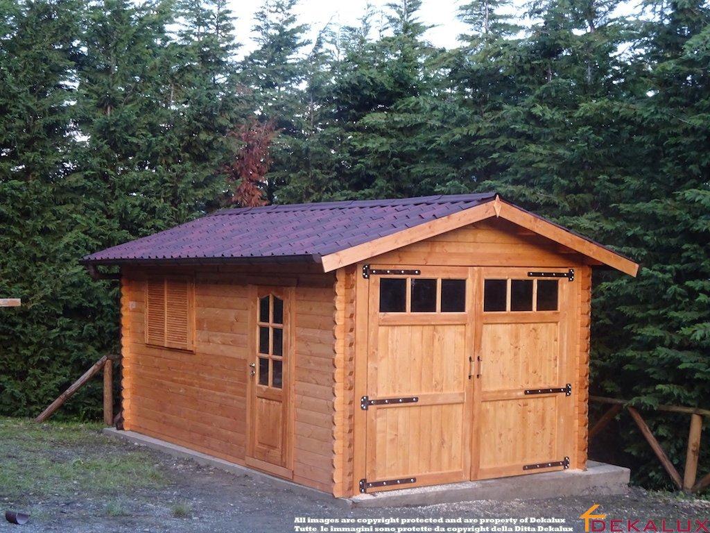 Garage in legno con portone a 2 ante 320x520 44 mm for Garage versailles 44