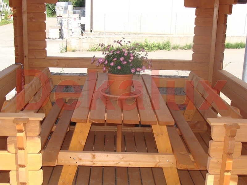 Gazebo in legno piccolo per giardino prezzo occasione for Opzioni di rivestimenti in legno