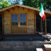 Casetta in legno 3x3 (44mm) con porta singola e finestra
