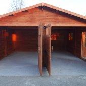 garage in legno doppia porta
