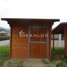 box per cavalli in legno
