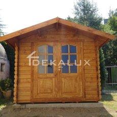 Casetta in legno con porta doppia e finestra Bologna