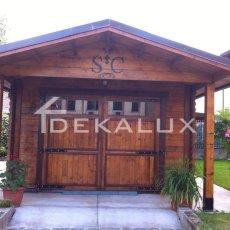 vendita garage in legno con tettoia