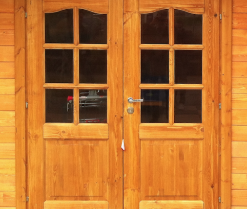 Casetta in legno 3x3 (28mm) con porta doppia